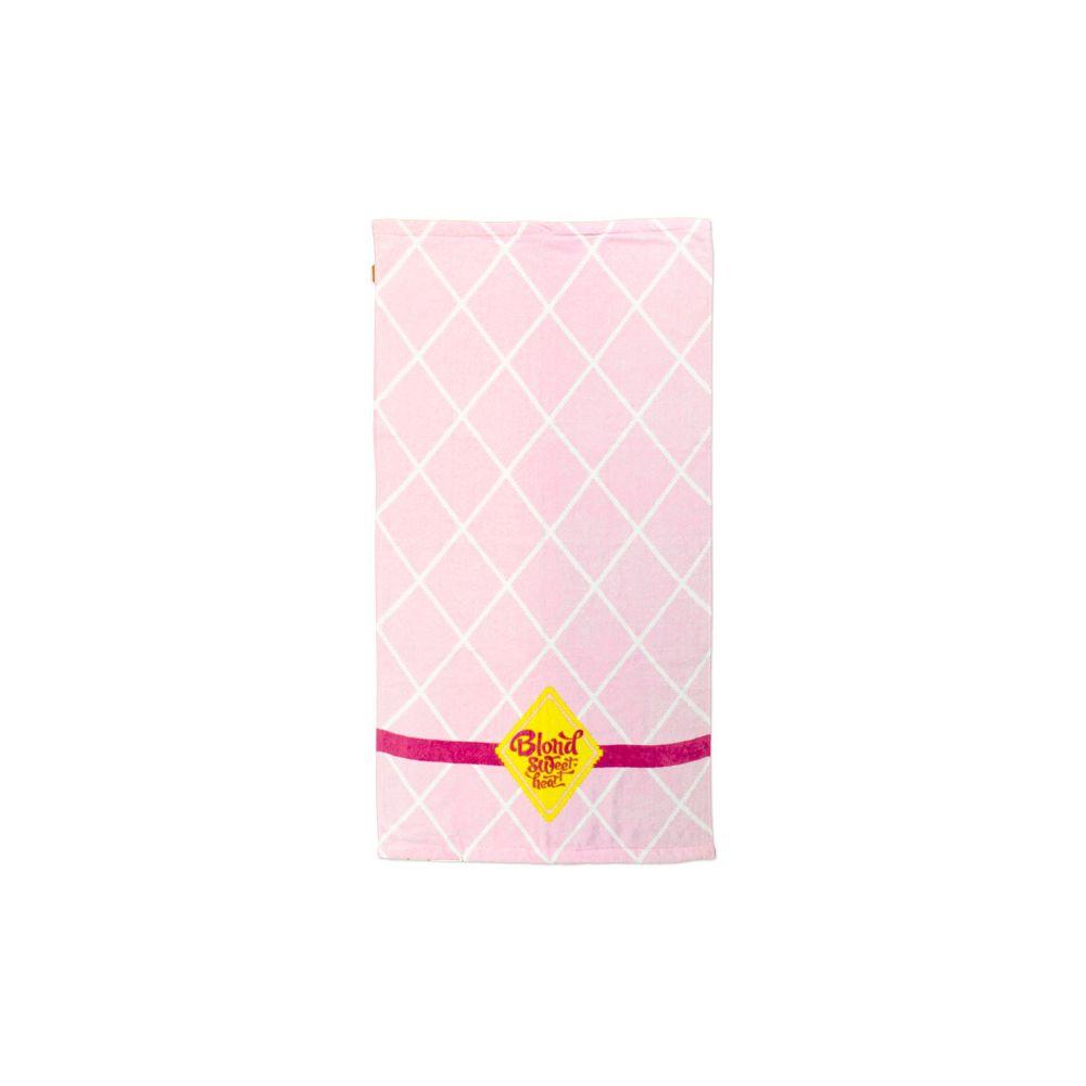 169502-SWEET-handdoek-roze-ruit-groot-1