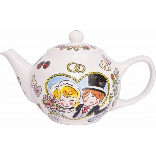 Teapot bride & groom